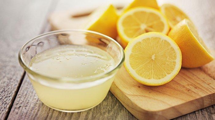 Manfaat Minum Air Lemon di Pagi Hari